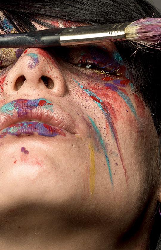 maquillaje creativo con pintura en Barcelona